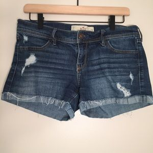 "Hollister Midi Short 4"" Inseam Jean Shorts"